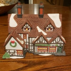 Dept 56 Ashbury Inn